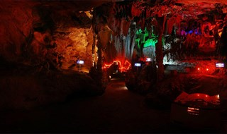 Silver Cave 360 panoramic image