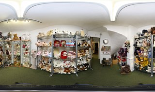 Teddy Bear Room at Artyfax, Cromer