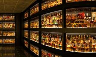 Digital Whisky Collection (Mental Ray Renderer)