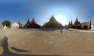 Shwezigon Paya - Old Bagan -21.195555,94.894066