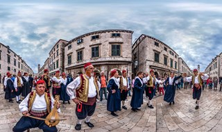 Folklor dance Lindo at Stradun, Dubrovnik, 2013.