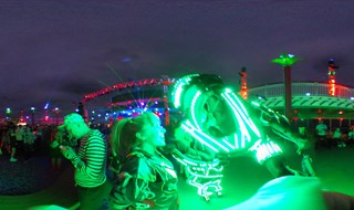 Alien Encounter on Groove Cruise 2016