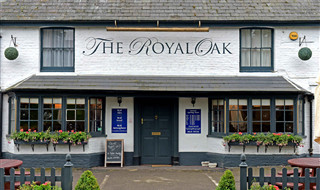 Royal Oak, Ecchinwell