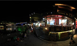 Night view of Fenghuang virtual tour