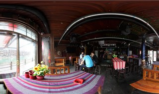 Eden bar 360 panoramic photo