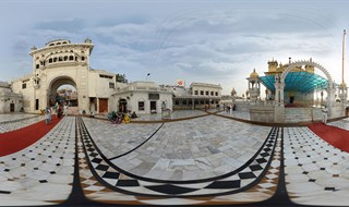 Darbar Sahib Taran Taaran www.lifeexpression.in
